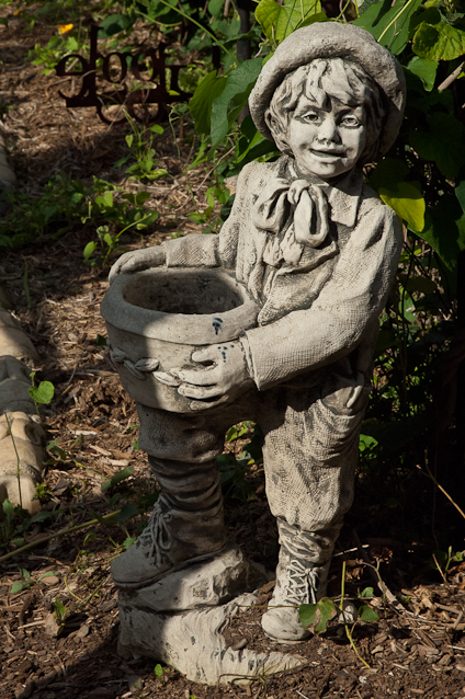 Garden Boy, Statuary, Surreybrooke Gardens, Middeltown, Maryland